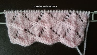 Tricot point ajouré en v