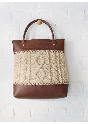 Sac tricot a broder