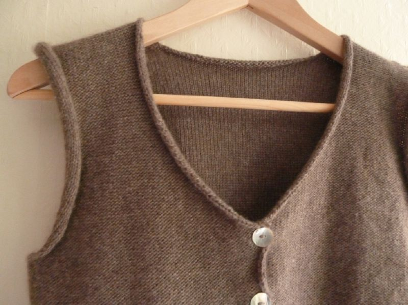 Modele tricot pull femme sans manches