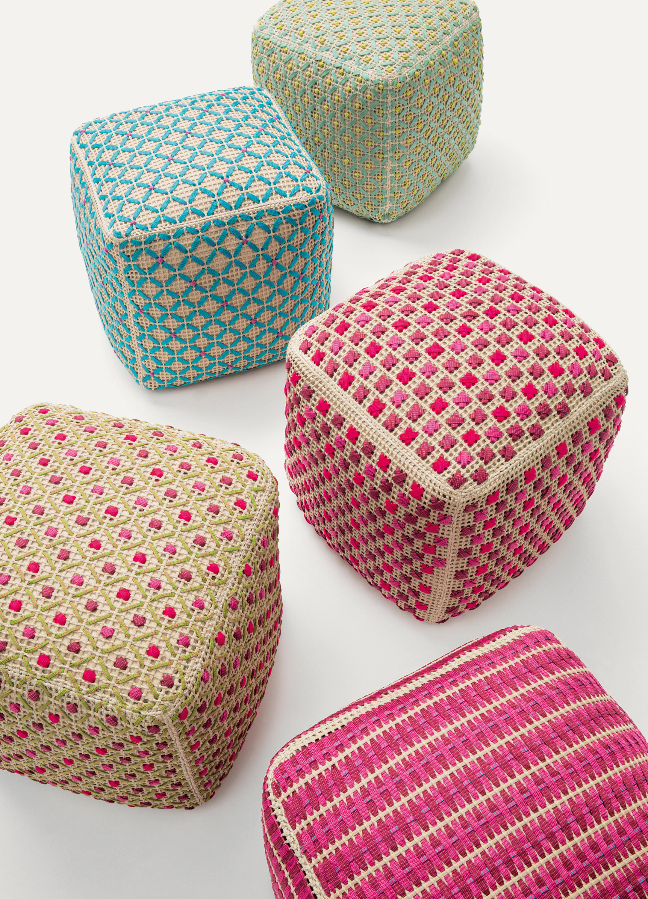 Tricot point ottoman