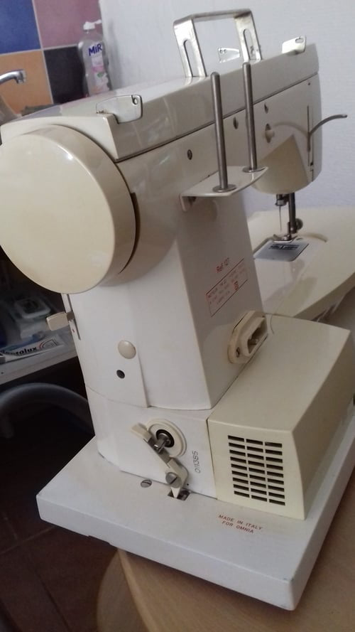 Enfilage machine a coudre omnia