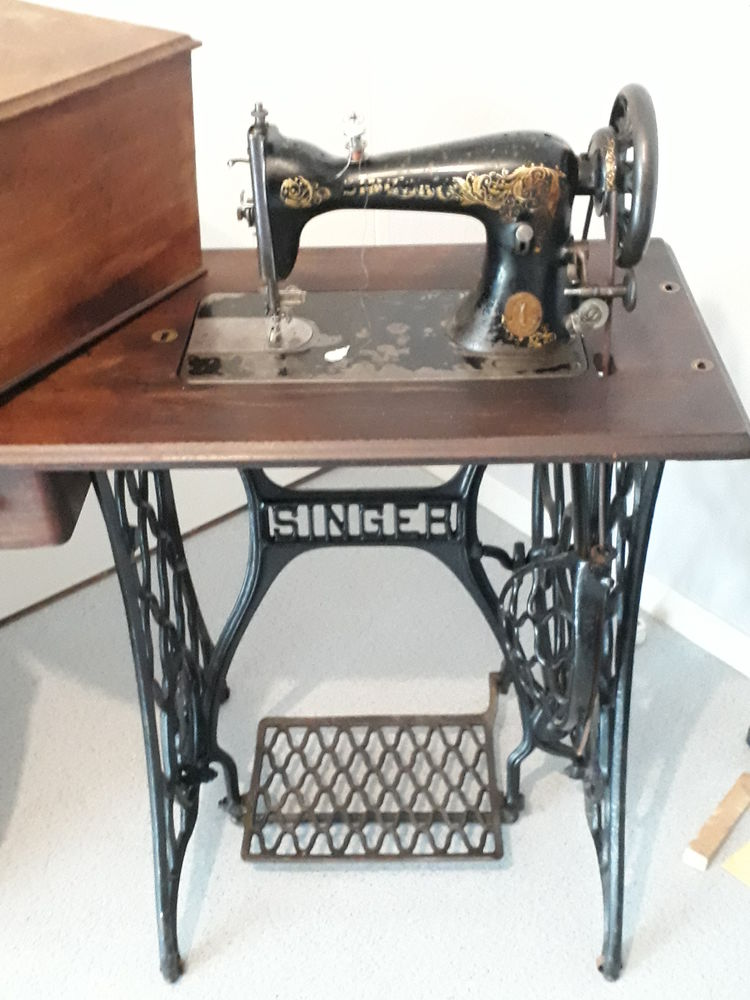 Machine a coudre singer ancienne 1900