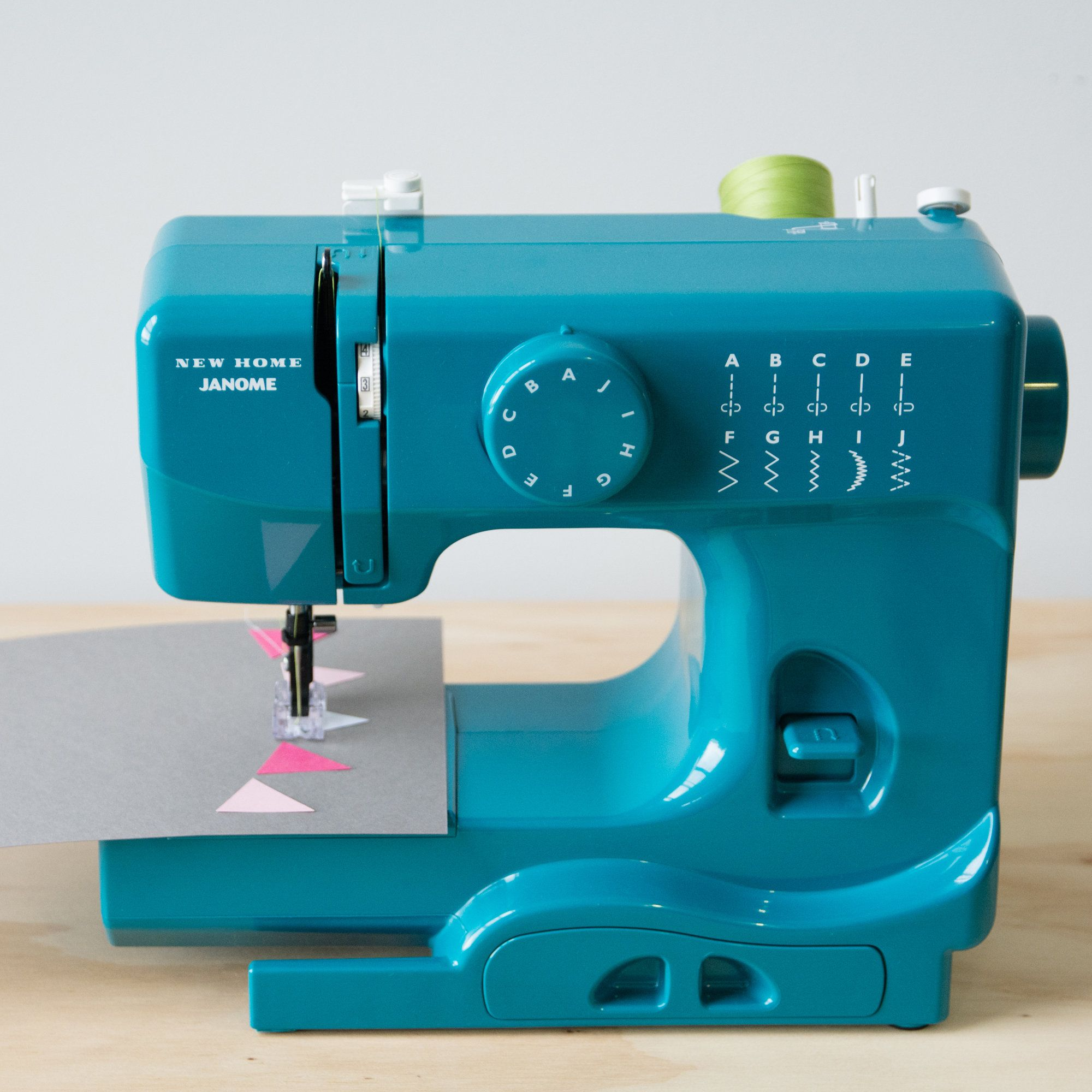 Machine a coudre hobby 1142